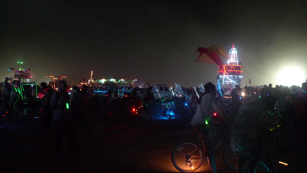 burning-man-black-rock-city-nv-september-09-45